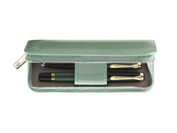 01/2010 Green Lackleder-Etui o...